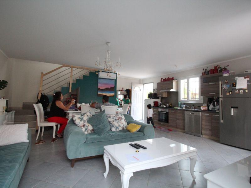 Sale house / villa Carpentras 249000€ - Picture 4