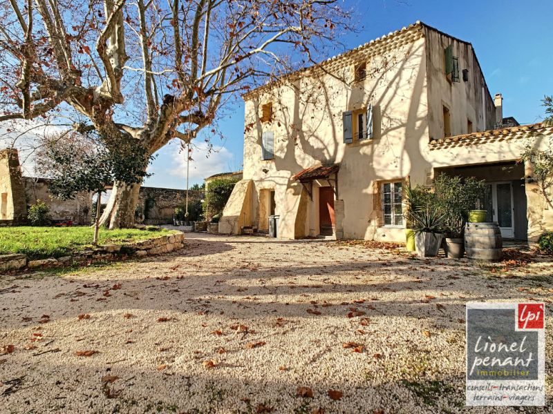 Sale house / villa Pernes les fontaines 1 150 000€ - Picture 1