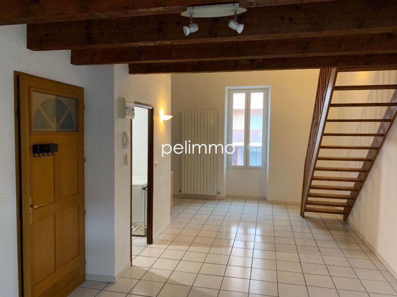 Rental apartment Salon de provence 558€ CC - Picture 1