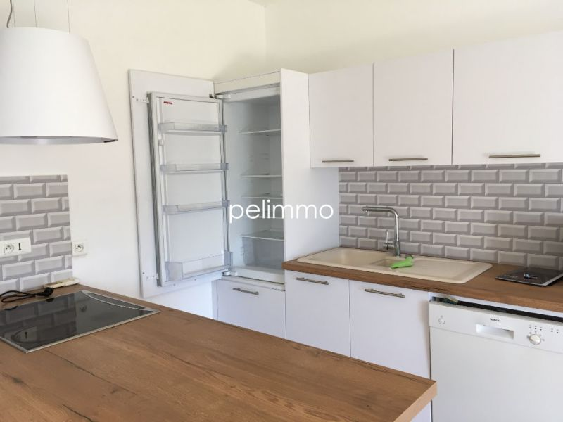 Rental apartment Pelissanne 680€ CC - Picture 8