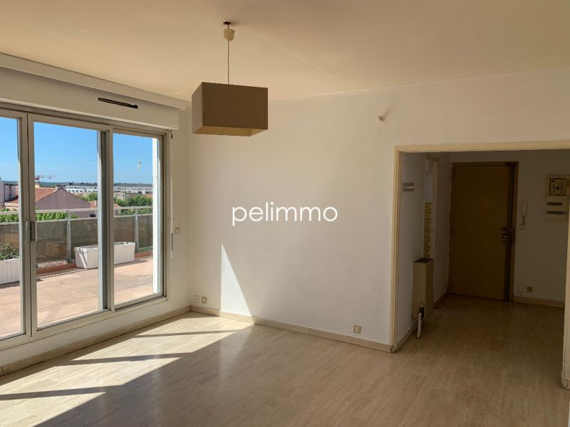 Rental apartment Salon de provence 1100€ CC - Picture 3