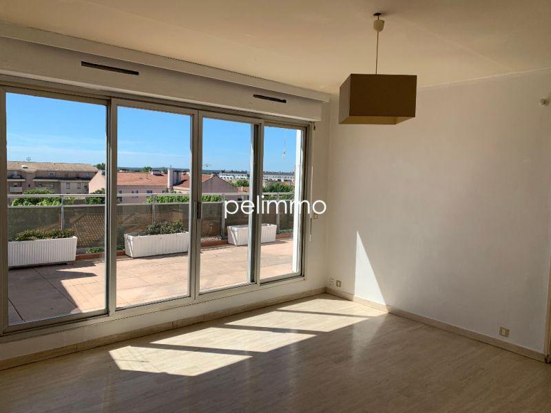 Rental apartment Salon de provence 1100€ CC - Picture 4