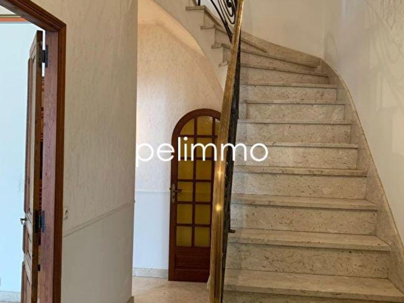 Rental house / villa Salon de provence 920€ CC - Picture 3