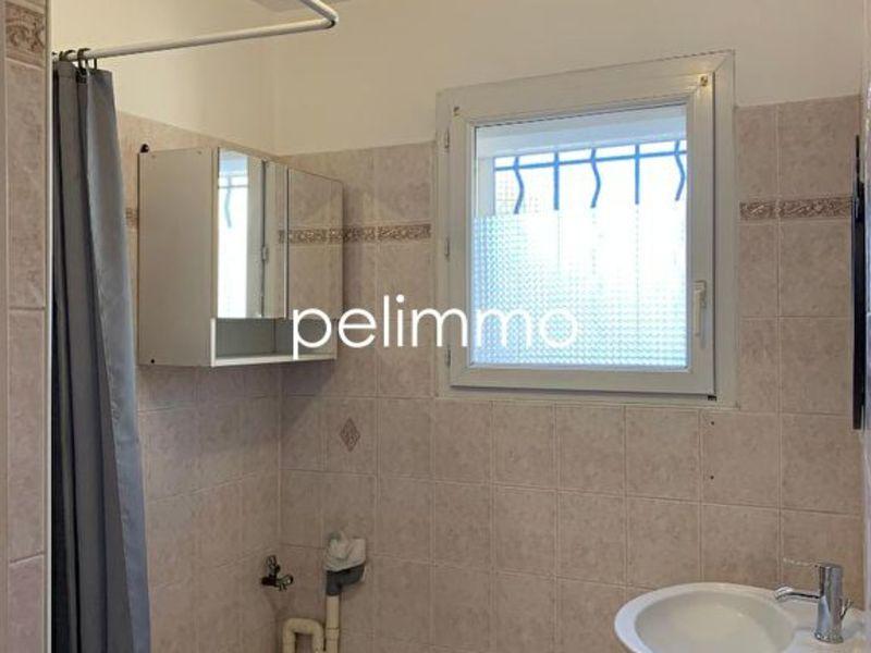 Rental apartment Salon de provence 640€ CC - Picture 6