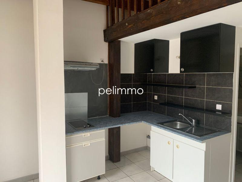 Rental apartment Salon de provence 450€ CC - Picture 3