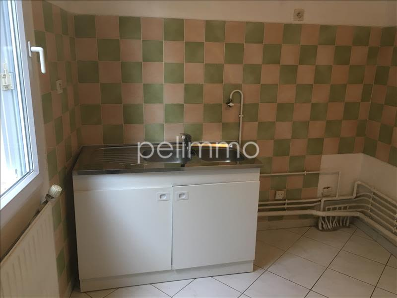 Rental apartment Salon de provence 745€ CC - Picture 3