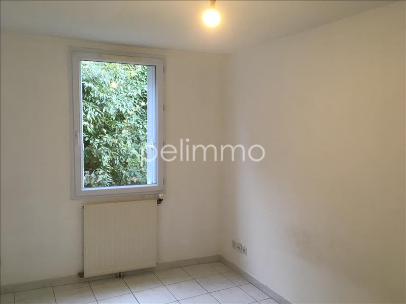 Rental apartment Salon de provence 745€ CC - Picture 5
