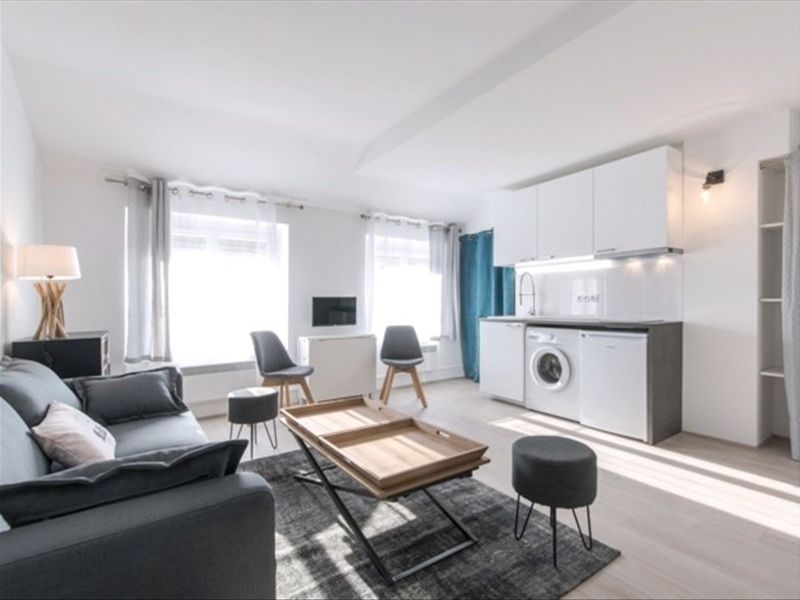 Rental apartment Lyon 07 757€ CC - Picture 2