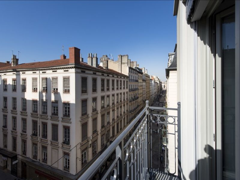 Rental apartment Lyon 02 890€ CC - Picture 8