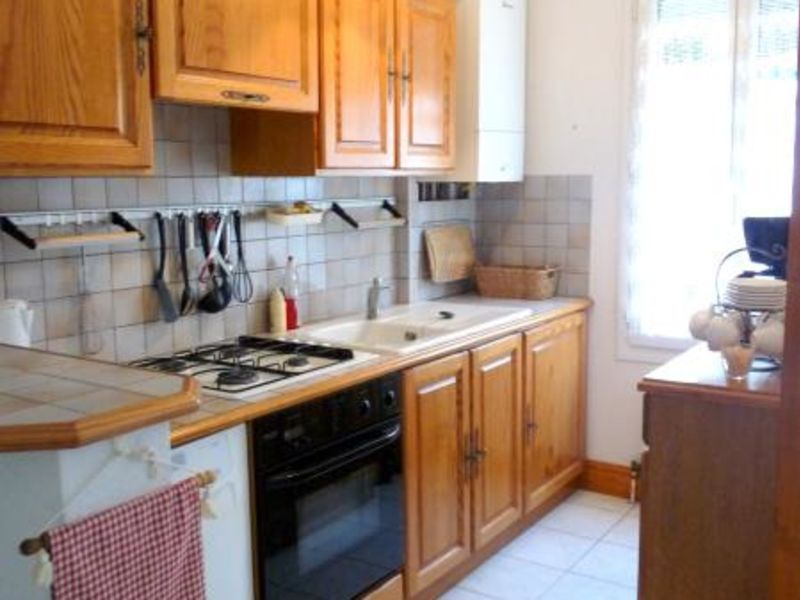 Location maison / villa Vaux sur mer 923€ CC - Photo 7