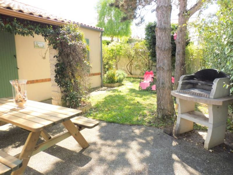 Location maison / villa Vaux sur mer 923€ CC - Photo 13
