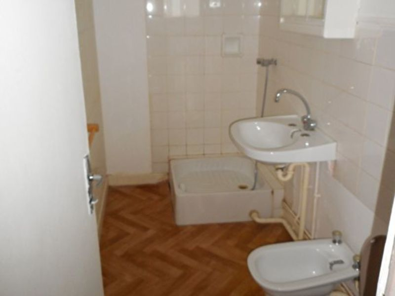 Rental apartment Moirans 369€ CC - Picture 4