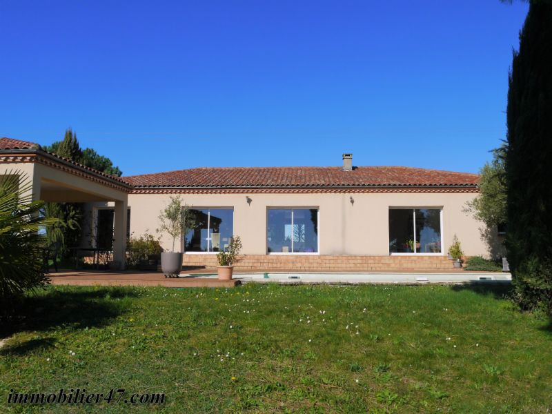 Vente maison / villa Prayssas 378 000€ - Photo 2