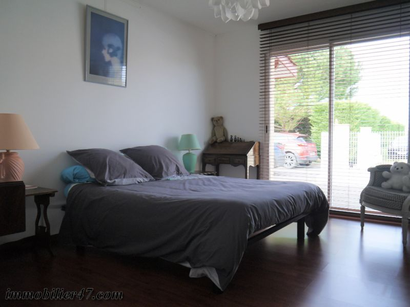 Vente maison / villa Prayssas 378 000€ - Photo 11