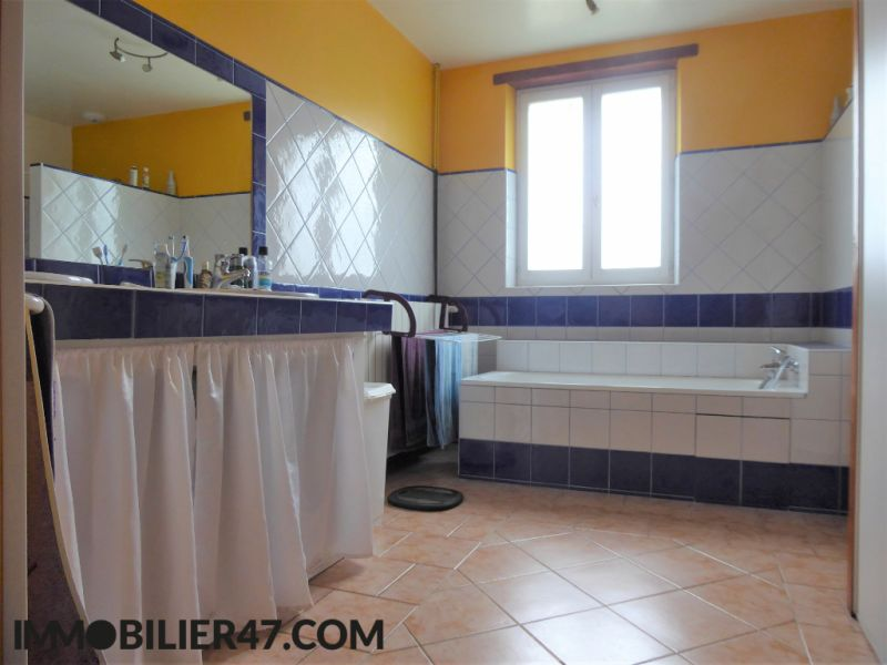 Vente maison / villa Prayssas 238500€ - Photo 8