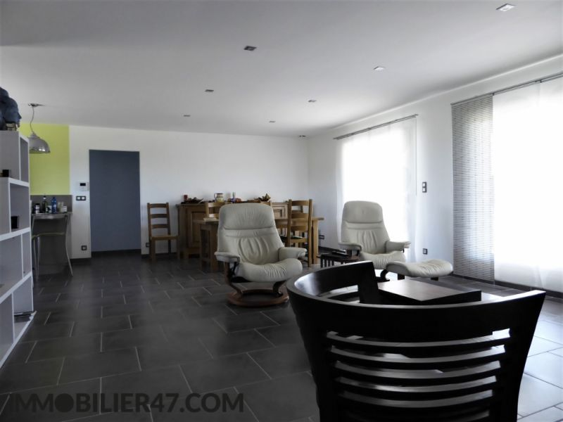 Sale house / villa Prayssas 235 000€ - Picture 2