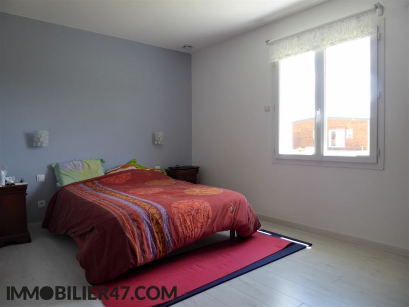 Sale house / villa Prayssas 235 000€ - Picture 6