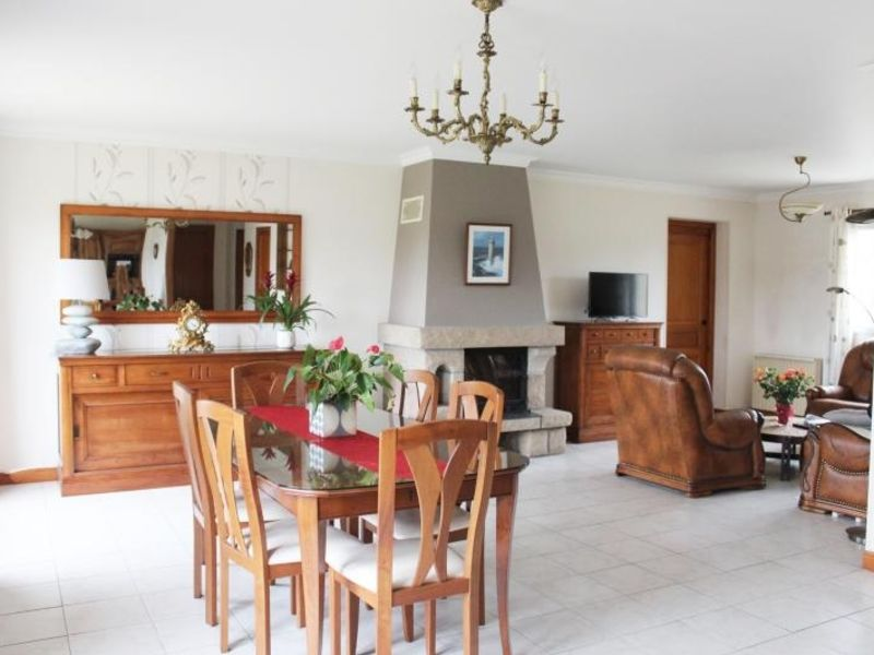 Sale house / villa Lannilis 213 000€ - Picture 1