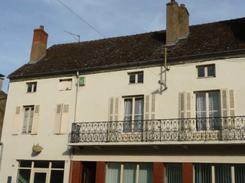 Sale apartment St jean de losne 106 000€ - Picture 1