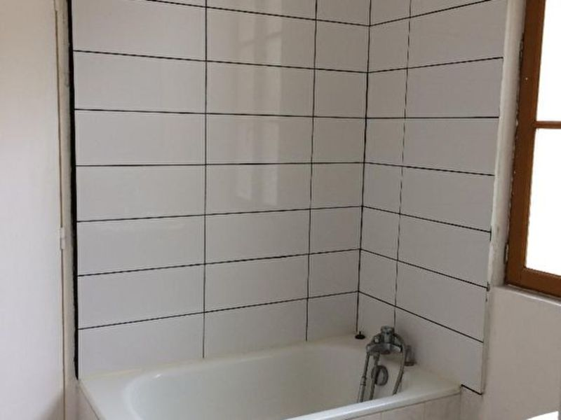 Location appartement Verneuil sur avre 440€ CC - Photo 4