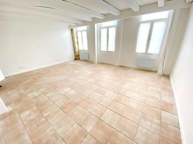 Sale apartment Paris 20 499000€ - Picture 1