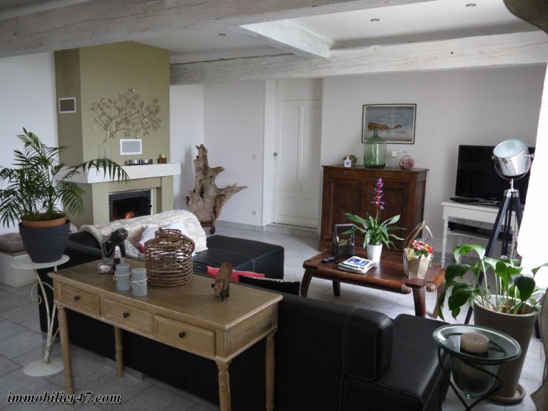 Sale house / villa St etienne de fougeres 245000€ - Picture 5