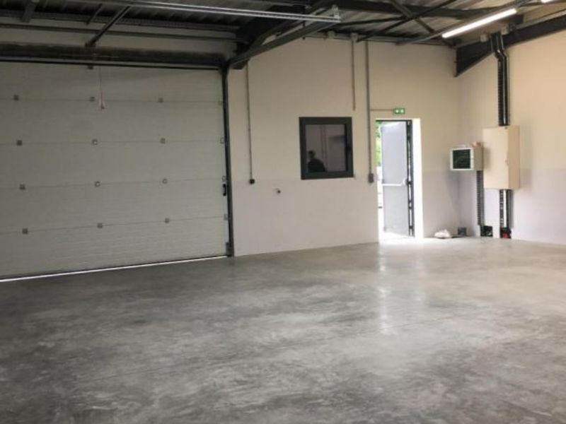 Location local commercial Vif 1200€ HC - Photo 3