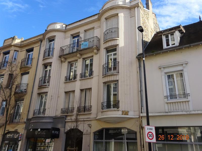 Rental apartment Vichy 470€ CC - Picture 1