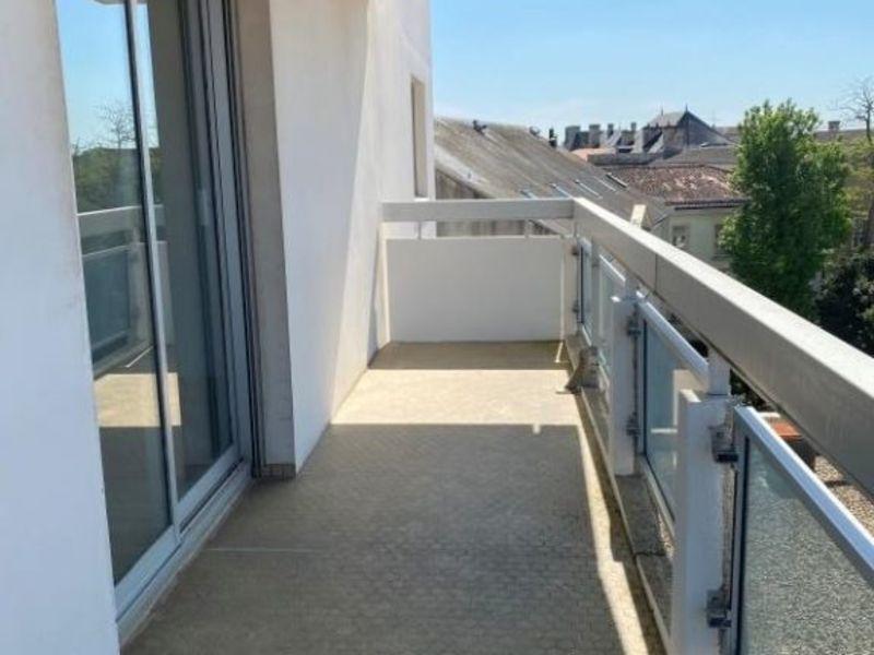 Location appartement Niort 643€ CC - Photo 8
