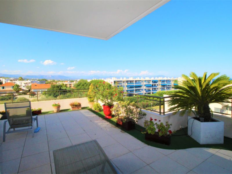 Sale apartment Antibes 730000€ - Picture 4