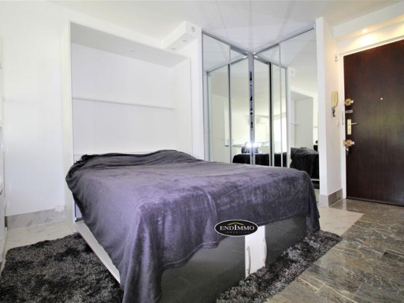 Sale apartment Saint laurent du var 350000€ - Picture 5