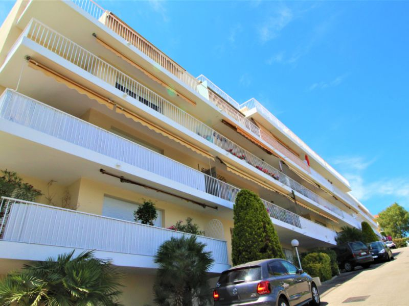 Vente appartement Antibes 96 775€ - Photo 1