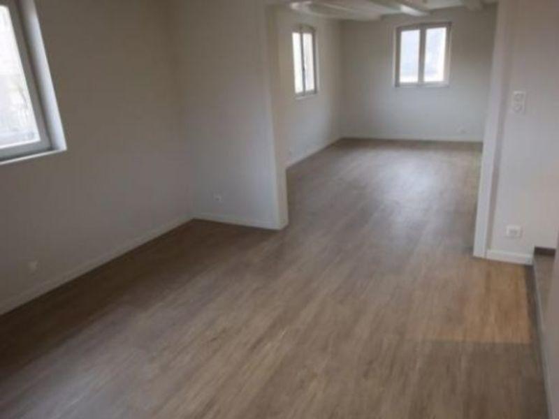 Location appartement Mundolsheim 1060€ CC - Photo 8