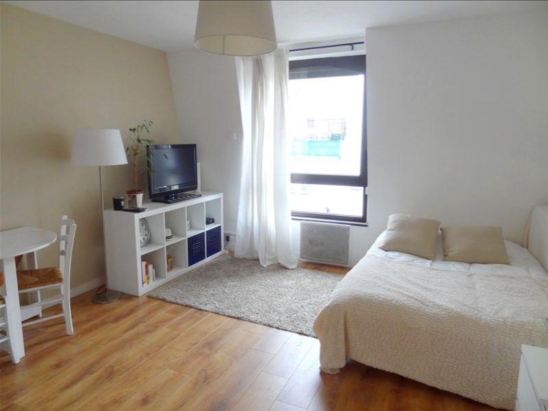 Location appartement Levallois perret 781€ CC - Photo 1
