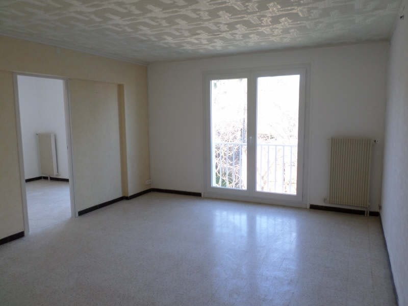 Location appartement Nimes 590€ CC - Photo 2