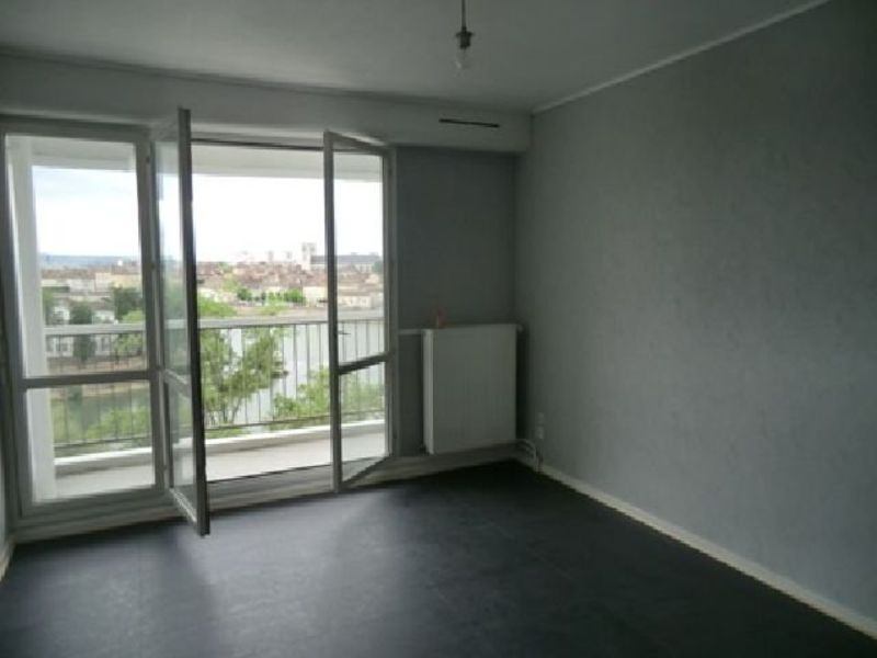 Rental apartment Chalon sur saone 430€ CC - Picture 3