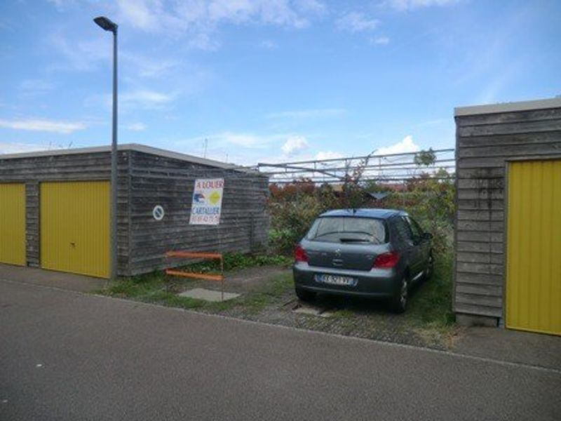 Rental parking spaces Chalon sur saone 27€ CC - Picture 1