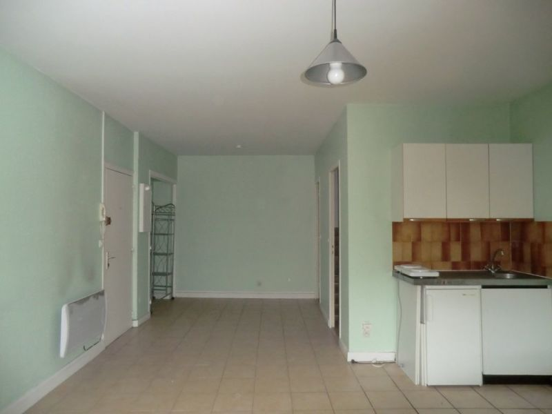 Rental apartment Chalon sur saone 360€ CC - Picture 1