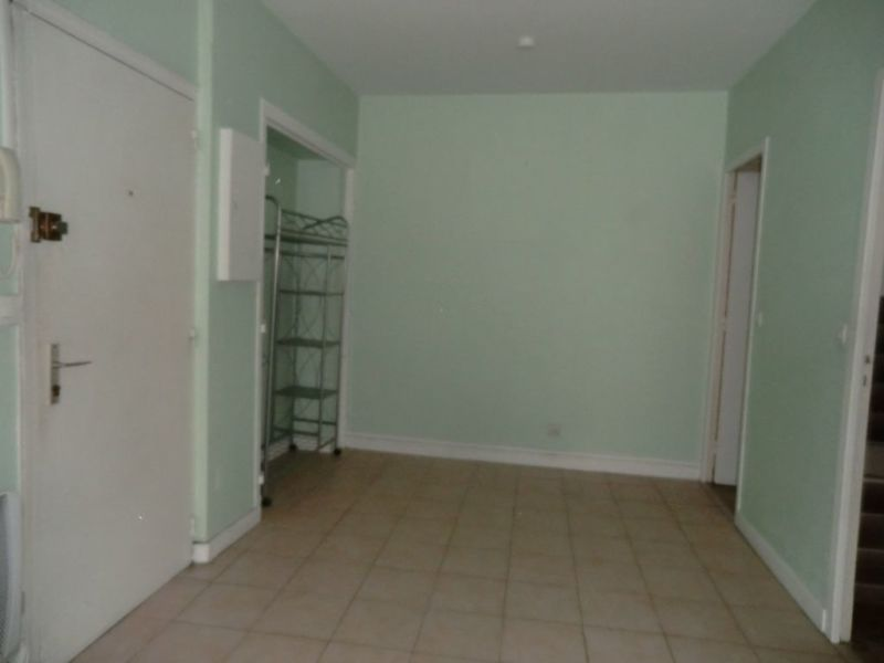 Rental apartment Chalon sur saone 360€ CC - Picture 3