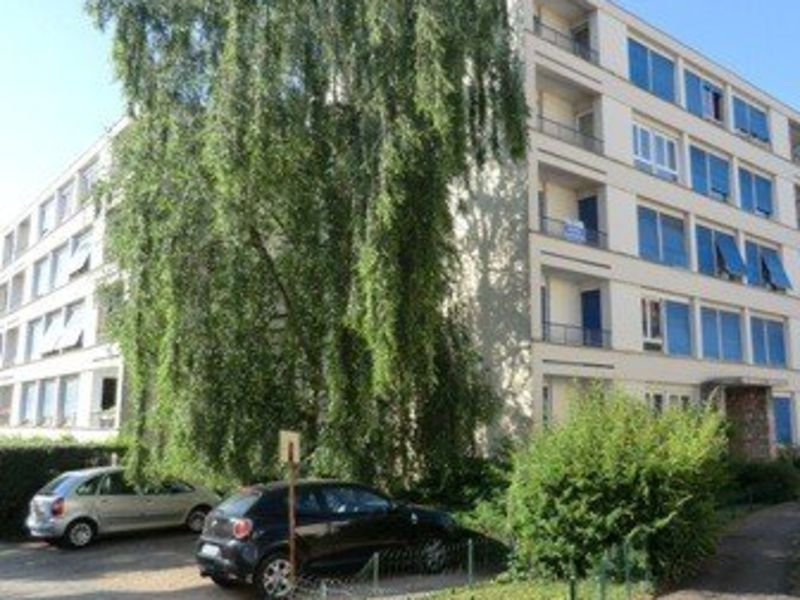 Rental parking spaces Chalon sur saone 50€ CC - Picture 1