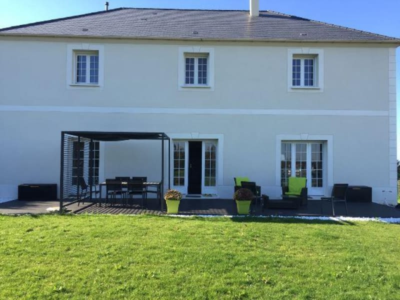 Sale house / villa Medan 890000€ - Picture 1
