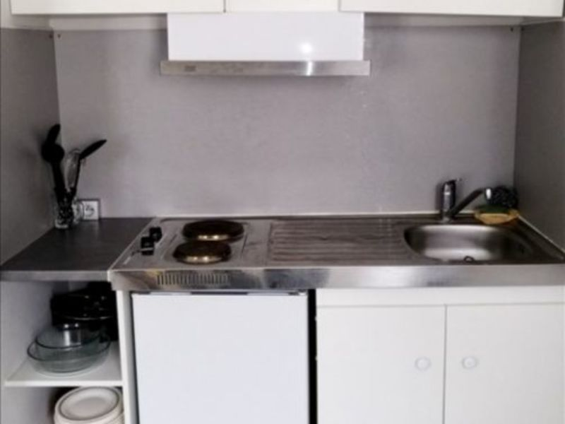 Location appartement Niort 335€ CC - Photo 3