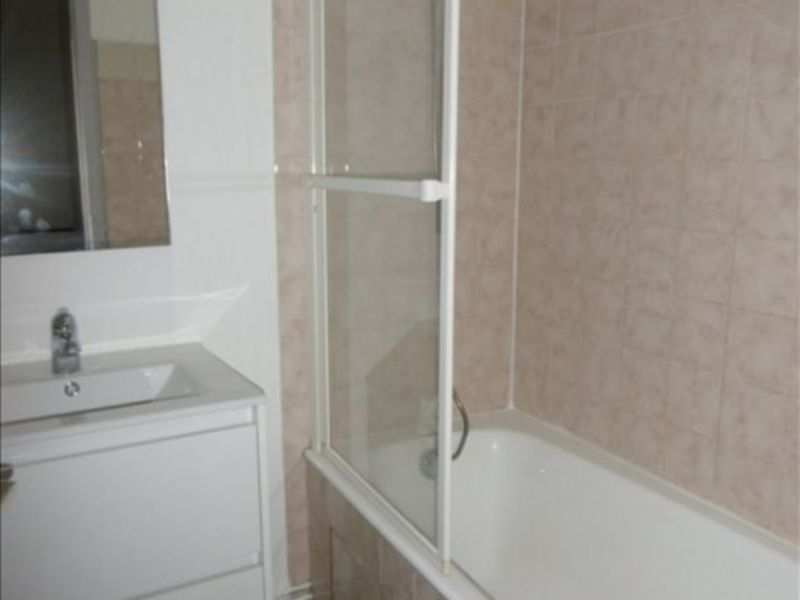Location appartement Niort 335€ CC - Photo 4