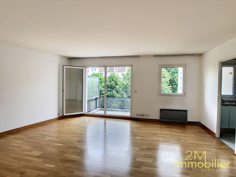 Rental apartment Melun 1177€ CC - Picture 1