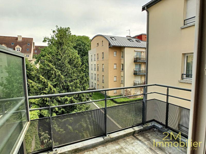Rental apartment Melun 1177€ CC - Picture 2