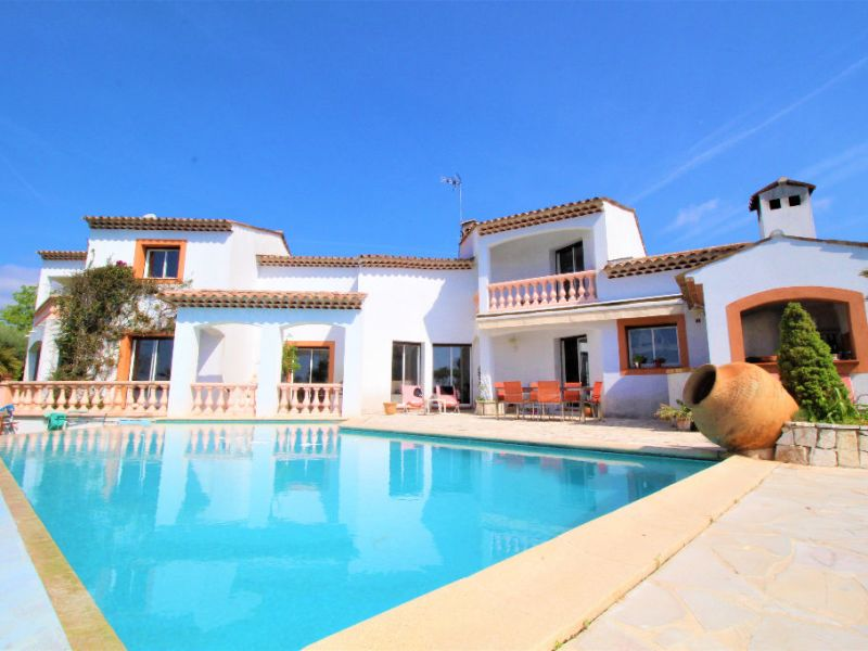 Sale house / villa Villeneuve loubet 1680000€ - Picture 1