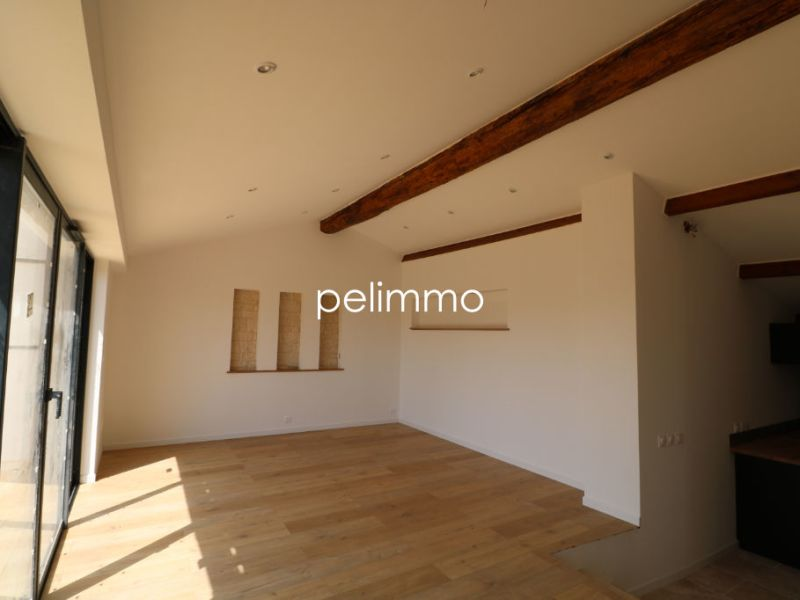 Rental apartment Salon de provence 1 090€ CC - Picture 4