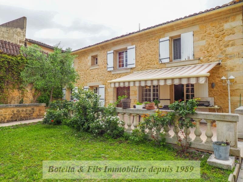 Vente maison / villa Uzes 425600€ - Photo 1