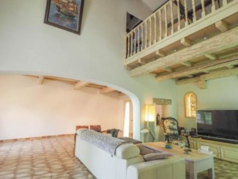 Vente maison / villa Uzes 425600€ - Photo 7