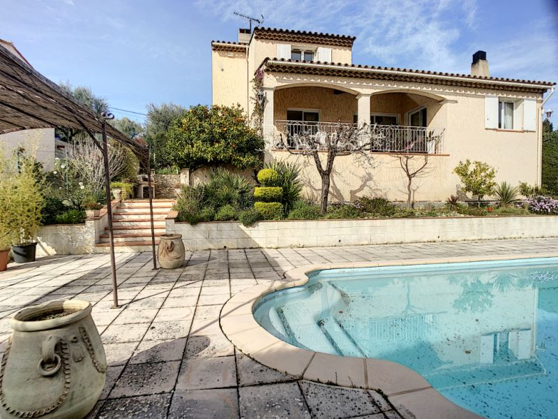 Vente maison / villa Le castellet 640000€ - Photo 1